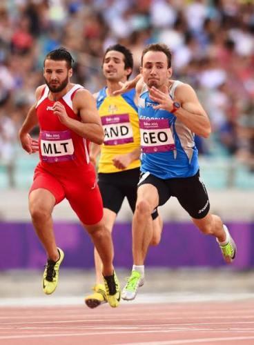 Luke Bezzina 200m